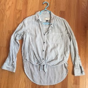 Button down with the front